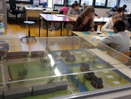 School aan de slag met oude maquettes