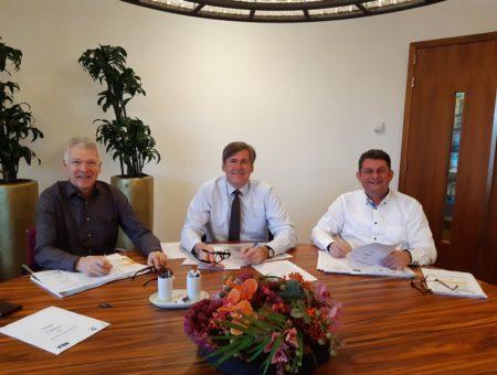 Ondertekening samenwerkingsovereenkomst Allure aan de Amstel in Uithoorn